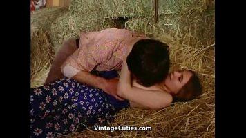 ممارسة الجنس مع فتاة بريئة جدا تحب ذلك